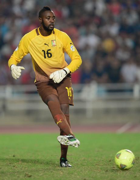 Charles+Itandje+Tunisia+v+Cameroon+FIFA+2014+268_zMNMuikl
