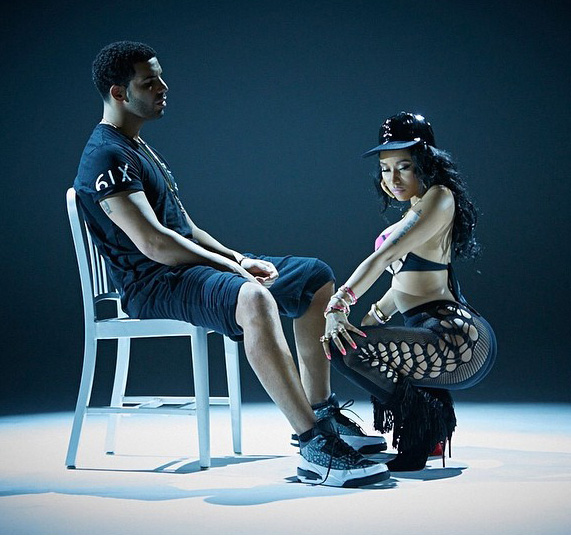 drake-nicki-anaconda-4